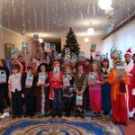 Маленькие жители села Смелое Славяносербского района получили новогодние подарки от проекта «Волонтер»