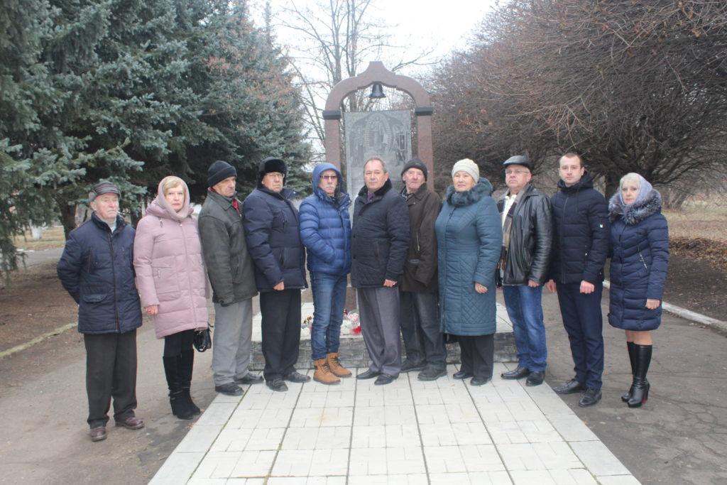 В Славяносербске провели митинг, посвящённый Дню чествования участников ликвидации последствий аварии на ЧАЭС 8