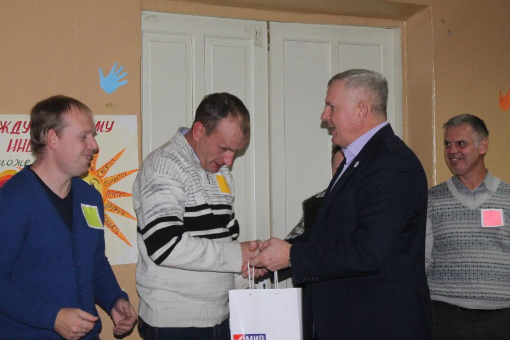 В Краснодоне состоялась игра КВН «Поверь в себя» среди лиц с ограниченными возможностями 3