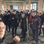 Активисты проекта «Дружина» обустраивают в Луганске новый спортивный зал