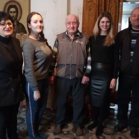 Участники боевых действий ВОВ получили помощь от проекта «Забота о ветеранах» в Перевальске 1