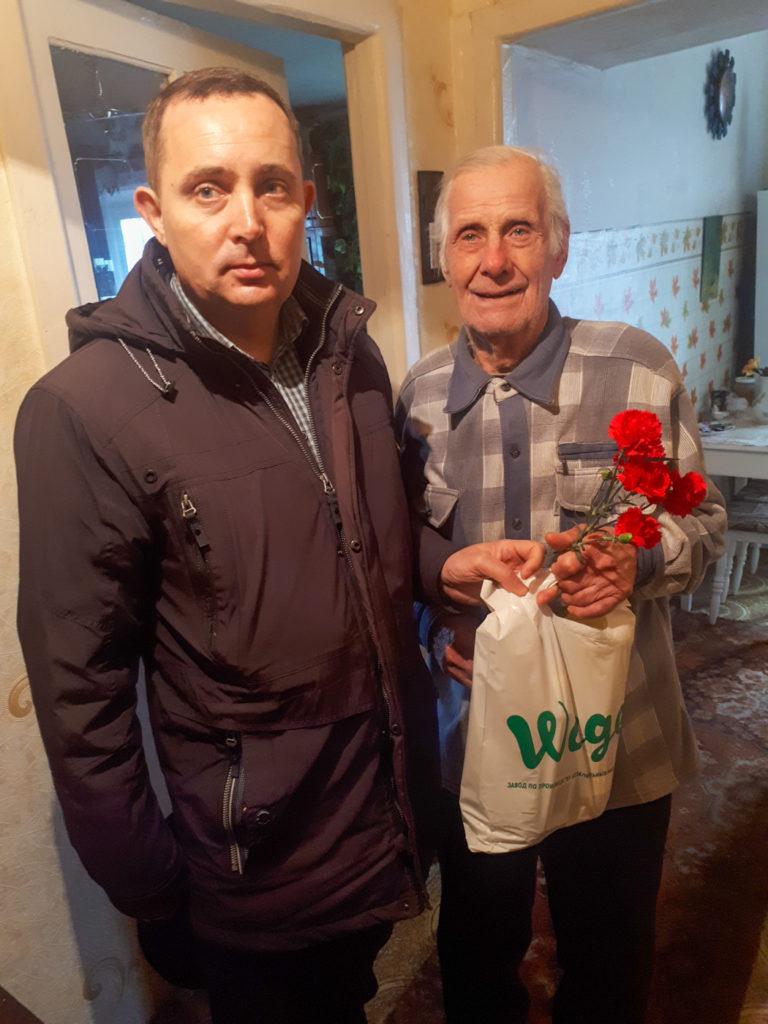 Депутат Народного Совета Андрей Губарев поздравил ветеранов с Днем защитника Отечества 4