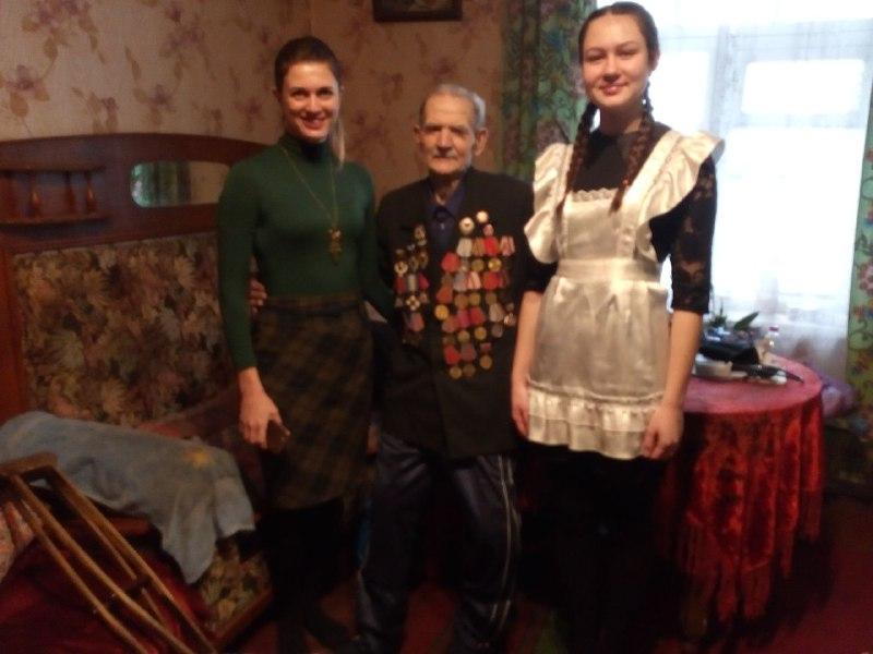 В Перевальске участники боевых действий ВОВ получили помощь от проекта «Забота о ветеранах» 1