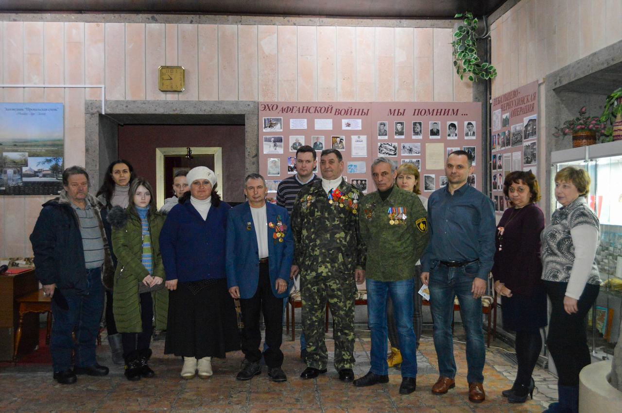 В Свердловске прошла встреча-беседа «На службе Родине»