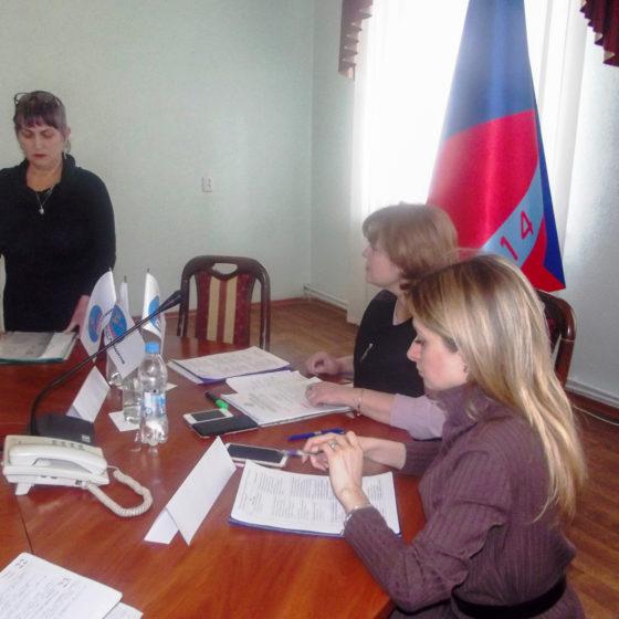Заместитель министра здравоохранения ЛНР встретилась с жителями Краснодона 1