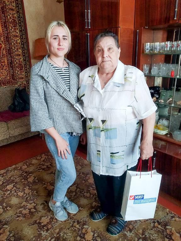 В Луганске прошла акция, посвящённая Международному дню спонтанного проявления доброты 2