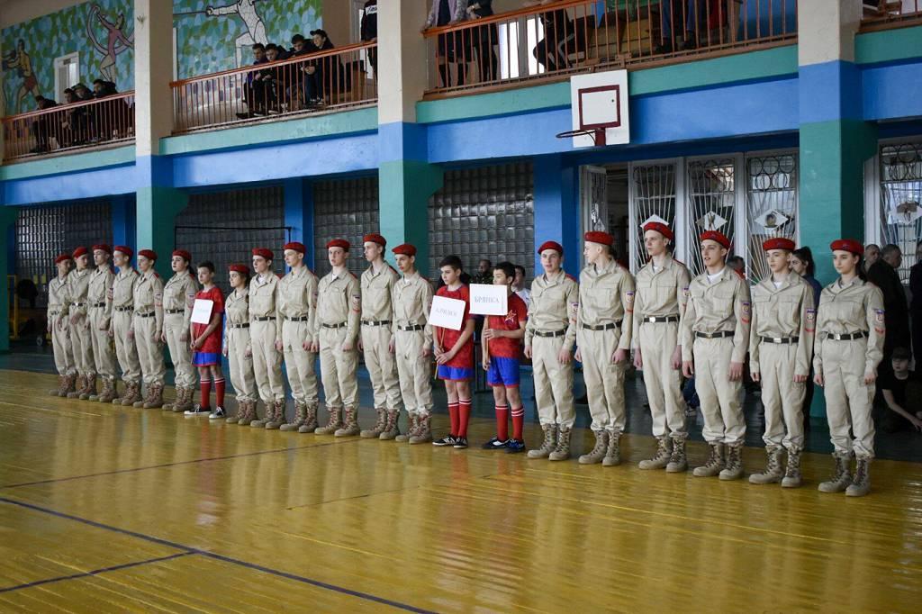 В Брянке прошли региональные военно-спортивные соревнования «Вперед, юнармейцы!» 3