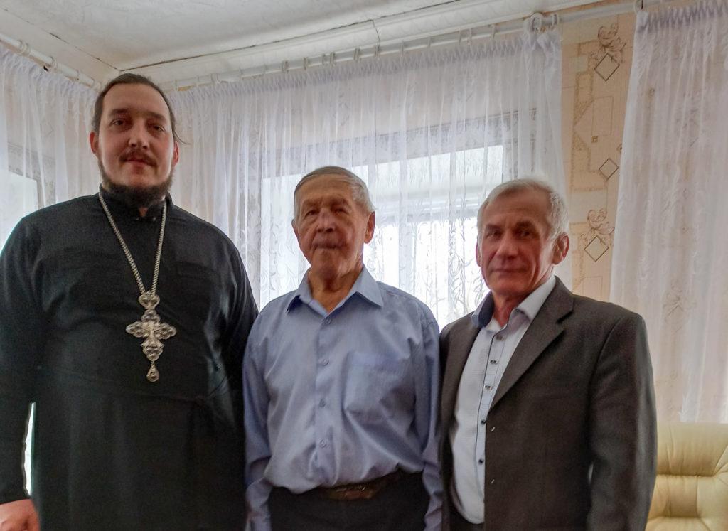 В Антраците провели акцию «Открытка ветерану»