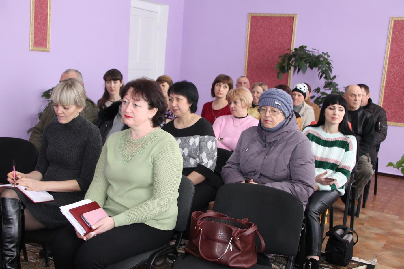Сергей Саенко встретился с активистами ОД «Мир Луганщине» в Верхнем Нагольчике