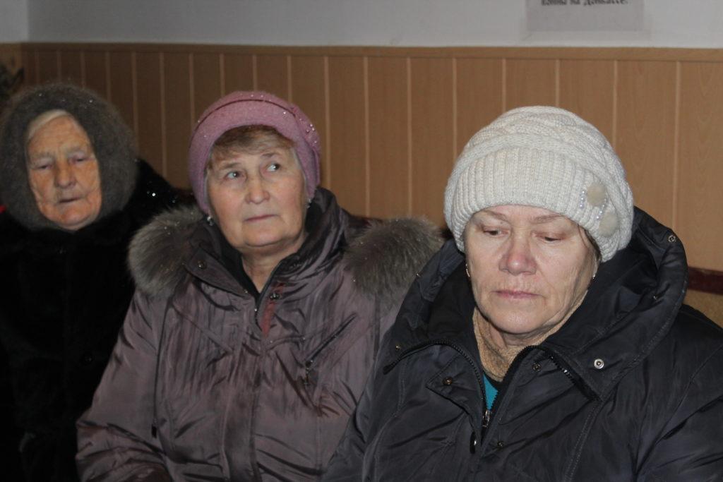 Встреча депутата Народного Совета ЛНР Светланы Гизай с жителями состоялась в селе Долгое 2