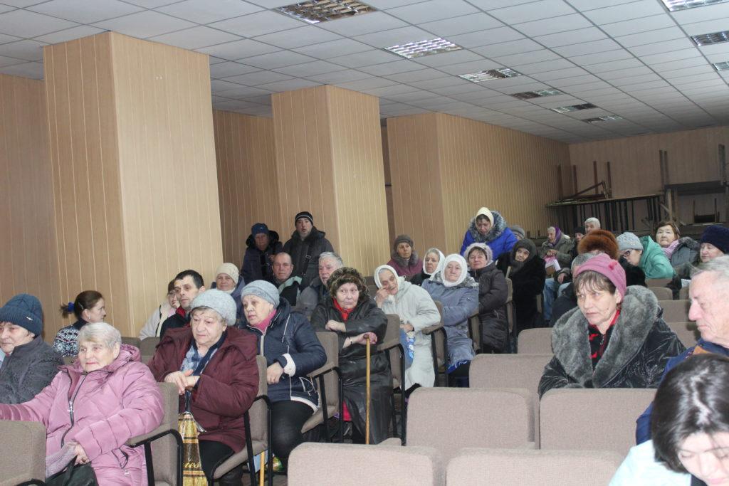 Депутат Народного Совета ЛНР встретилась с жителями села Желтое 2
