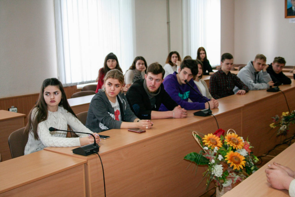 Обучающие курсы для волонтёров «PRODобро» прошли в Алчевске 2