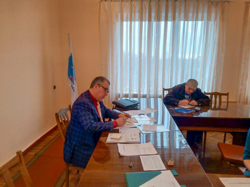 Депутат Народного Совета Юрий Юров провёл приём в Кировске 1