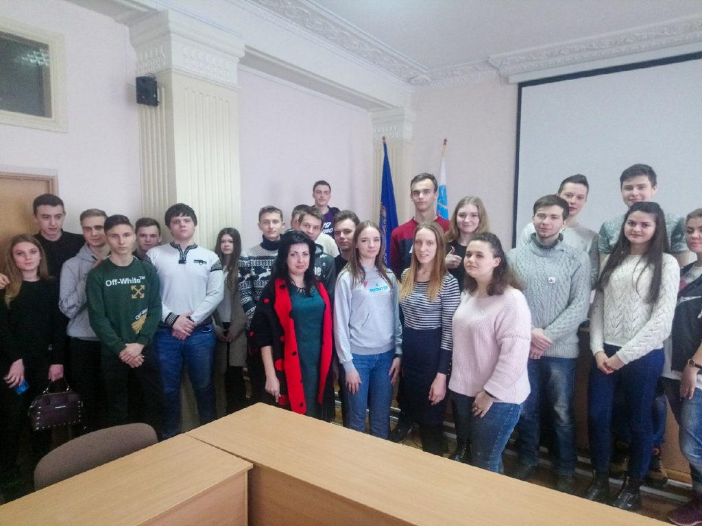 Обучающие курсы для волонтёров «PRODобро» прошли в Алчевске 5
