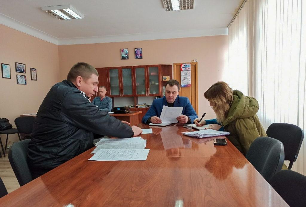Депутат Народного Совета ЛНР Владимир Санкин провёл приём граждан в Лутугино 1