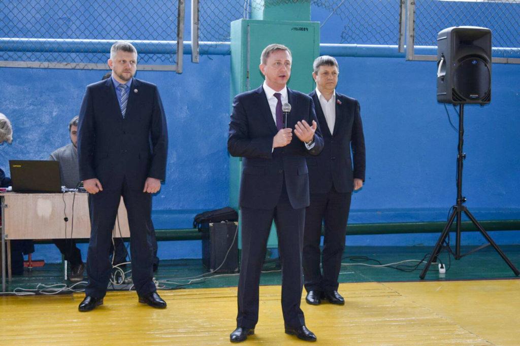 В Брянке прошли  региональные военно-спортивные соревнования «Вперед, юнармейцы!» 5