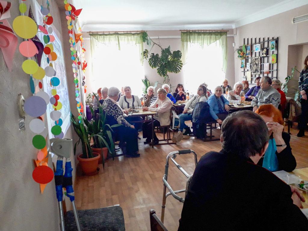 В Стаханове состоялось мероприятие «Сражаюсь, верую, люблю», приуроченное к 75-й годовщине победы 2