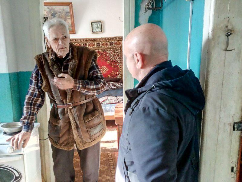 Ветераны ВОВ получили помощь от проекта «Забота о ветеранах» в Перевальске 1