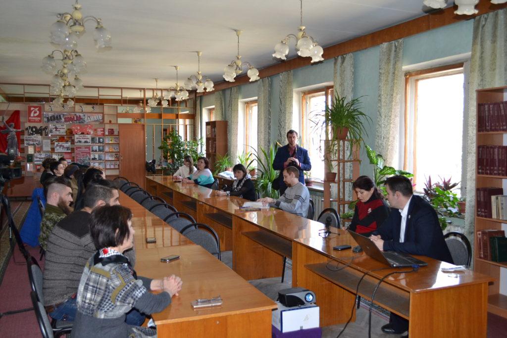 В Ровеньках состоялся круглый стол, посвященный шестой годовщине «Русской весны» 2