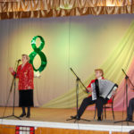 В Лутугино состоялся праздничный концерт клуба «Ветеран» и народного хора «Надия»