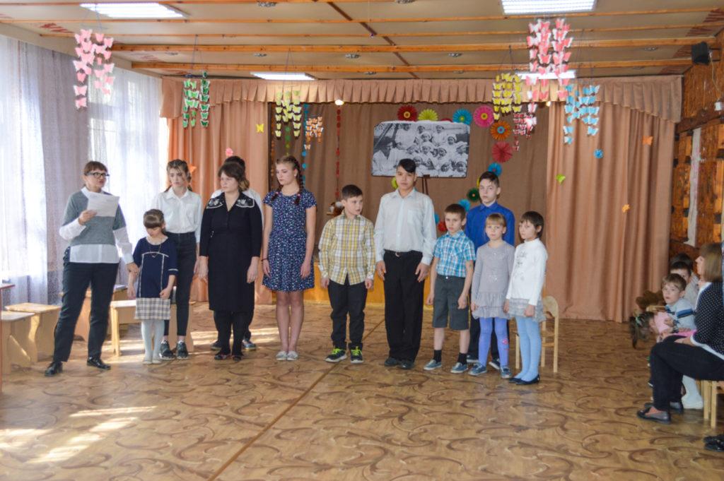 Активист ОД «Мир Луганщине» передал помощь приюту в Свердловске 1