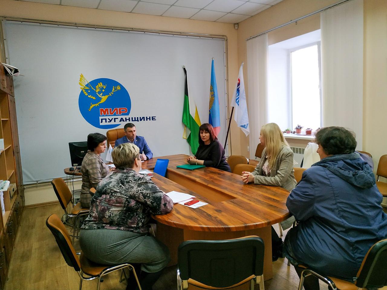 Андрей Сухачев провёл приём в Свердловске