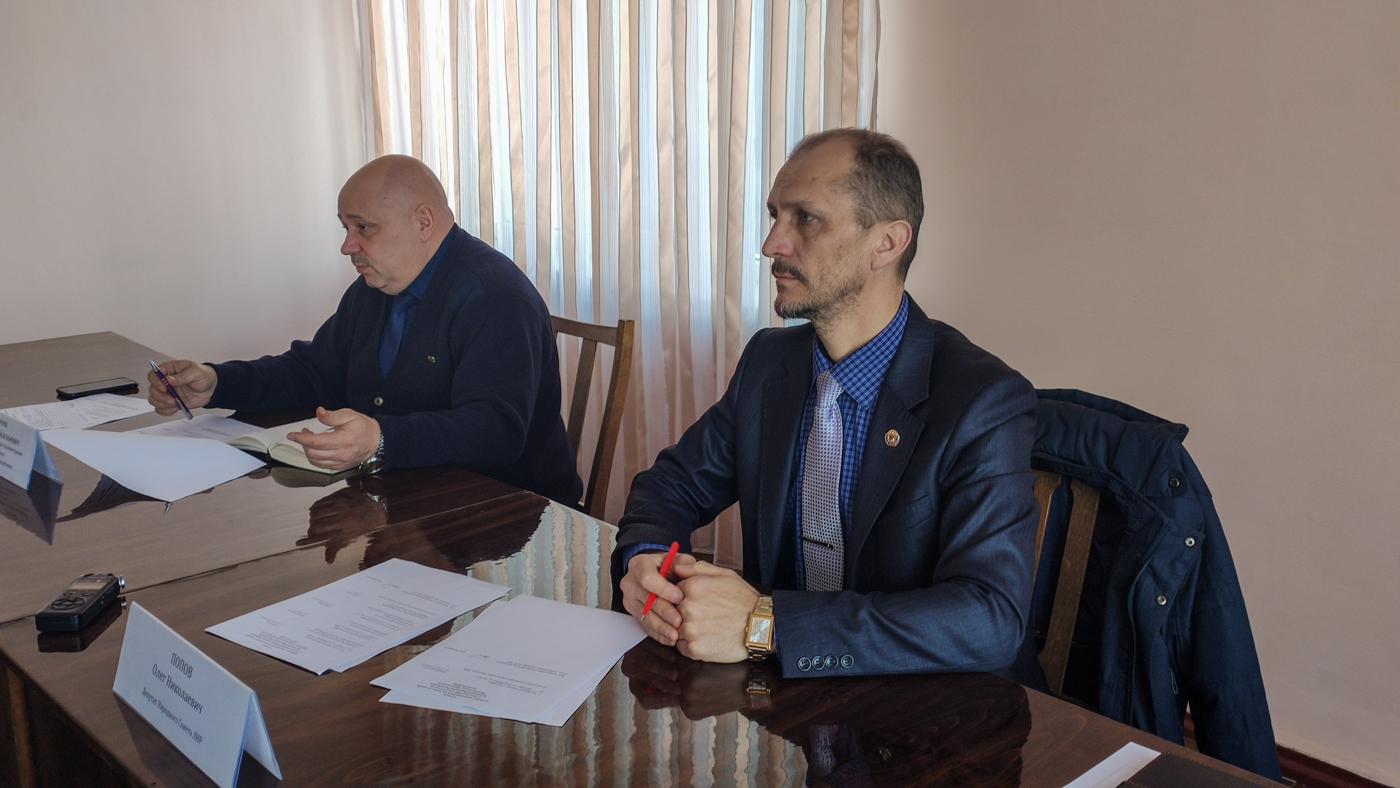 Депутат Народного Совета ЛНР Олег Попов провел прием граждан в Кировске