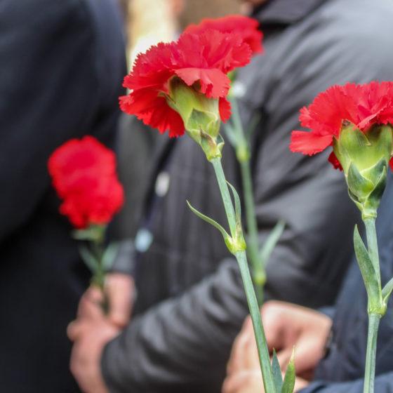 В Луганске открыли памятную доску Павлу Клёнову 4