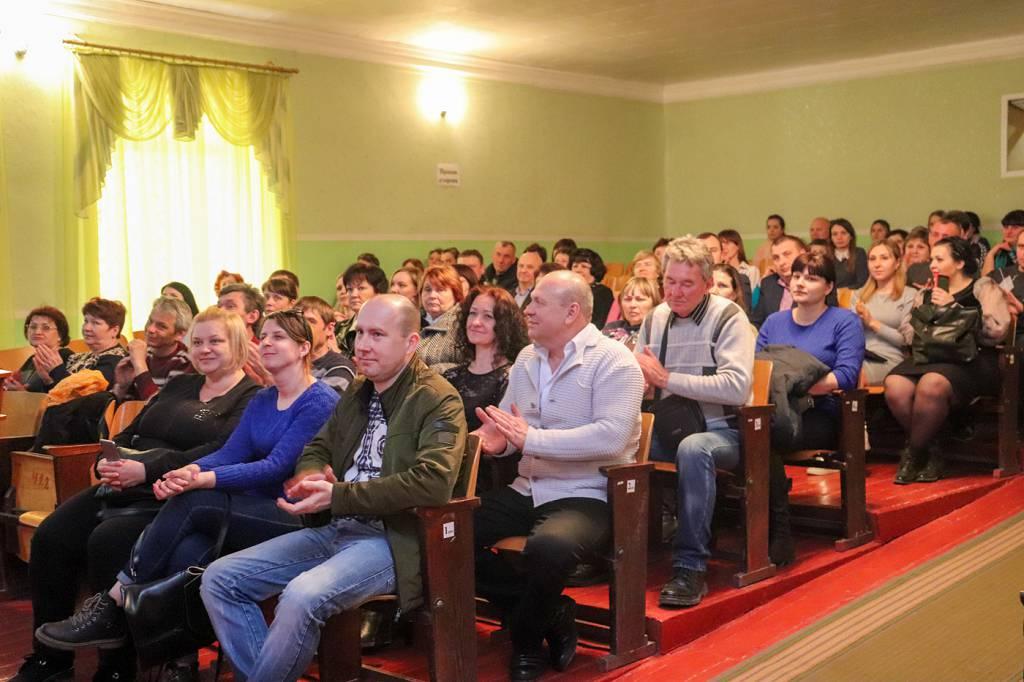 В Перевальске поздравили работников жилищно-коммунального хозяйства и бытового обслуживания населения