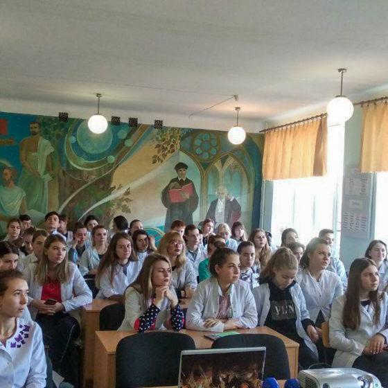 Координаторы проектов «Дружина» и «Молодая Гвардия» встретились со студентами Стахановского колледжа 2