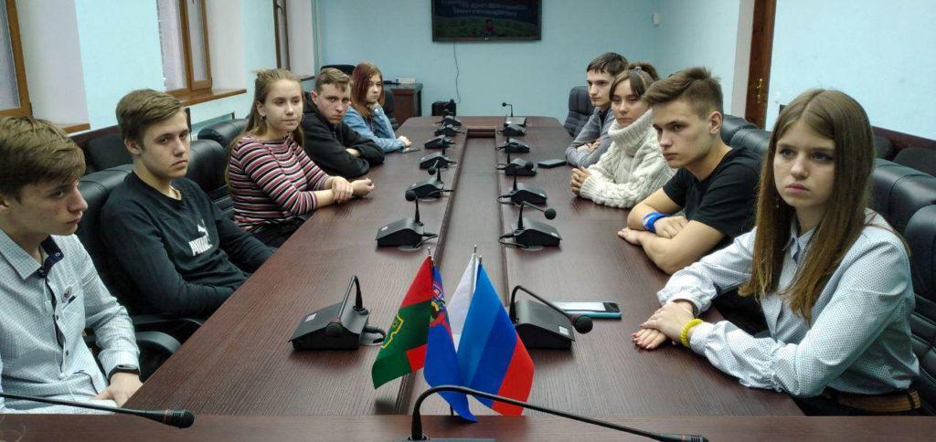 Ольга Панина встретилась с активистами проектов «Дружина» и «Молодая Гвардия» в Антраците 2