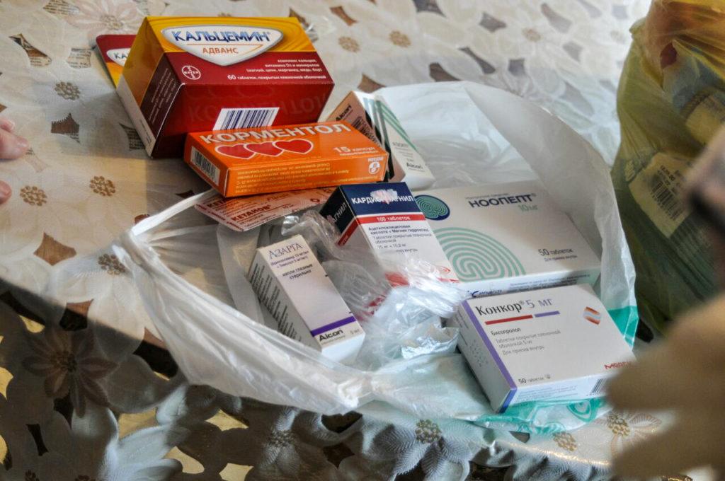 Александра Коваленко помогла в получении благотворительной помощи жительнице посёлка Новосветловка 1