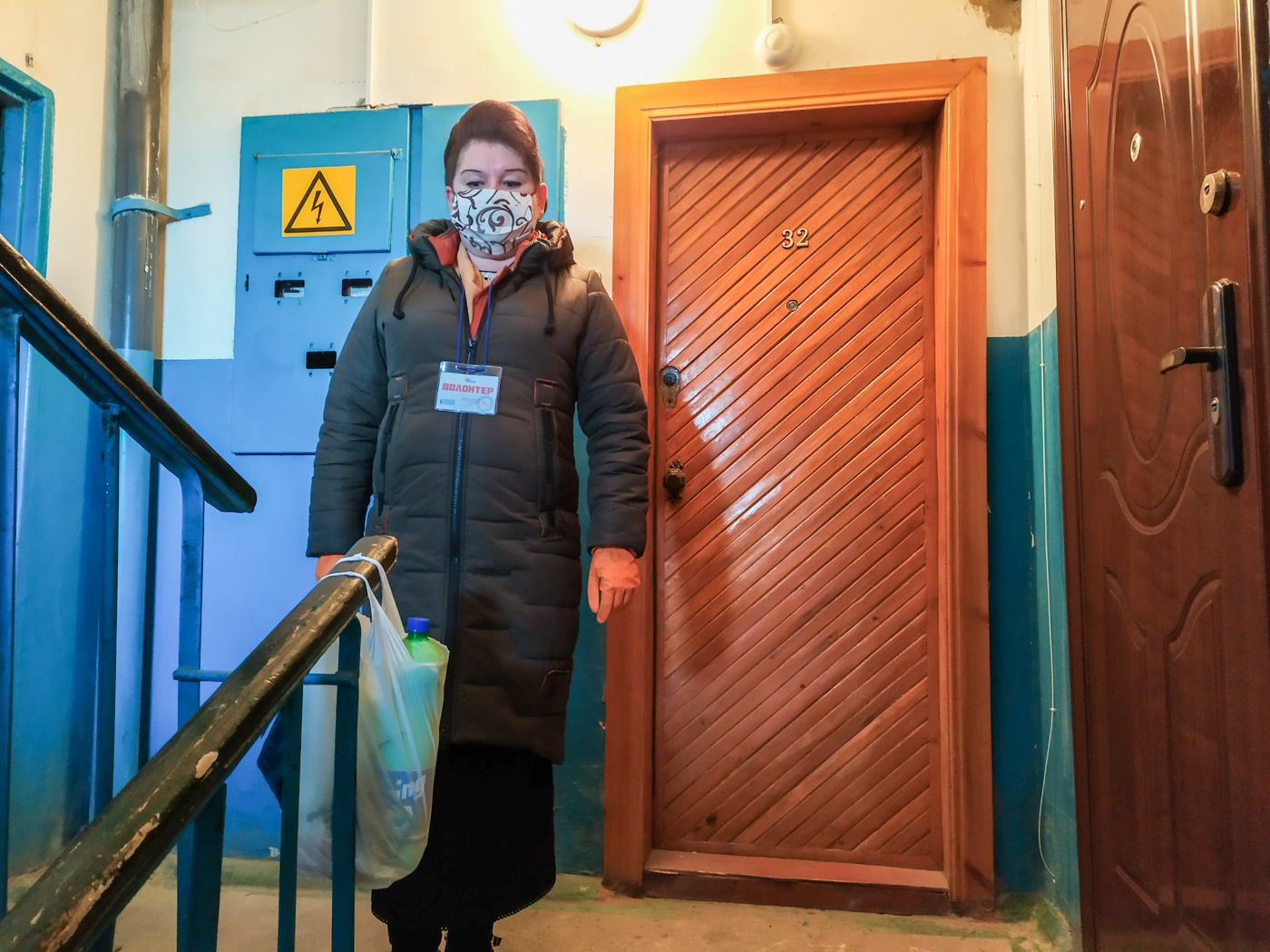 Волонтёры ОД «Мир Луганщине» помогли жителю посёлка Родаково 1