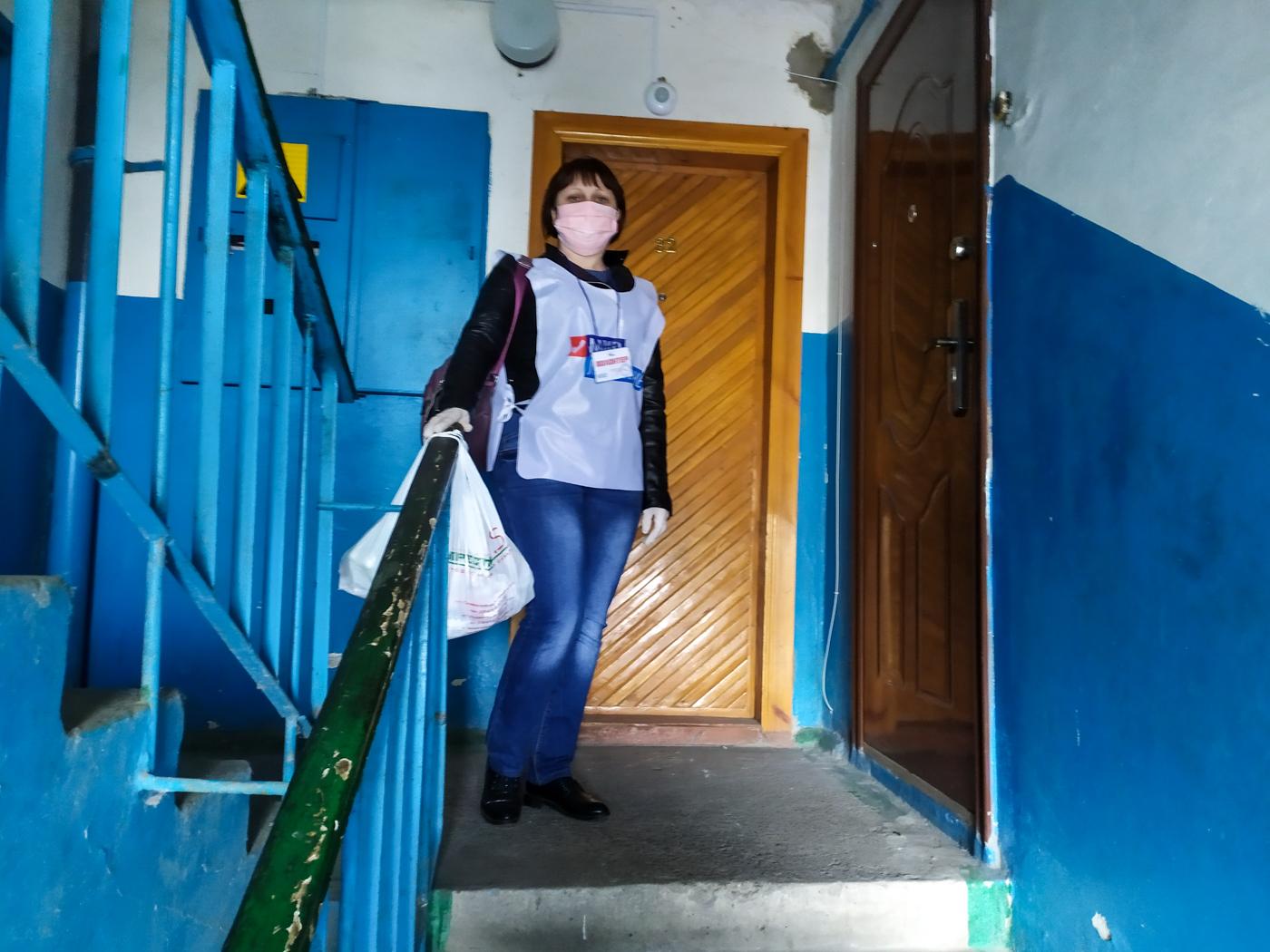 Волонтёры ОД «Мир Луганщине» помогли пятерым жителям Славяносербского района 1