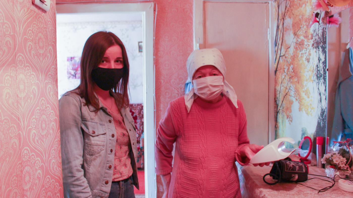 Активисты ОД Мир Луганщине помогли жительнице Луганска