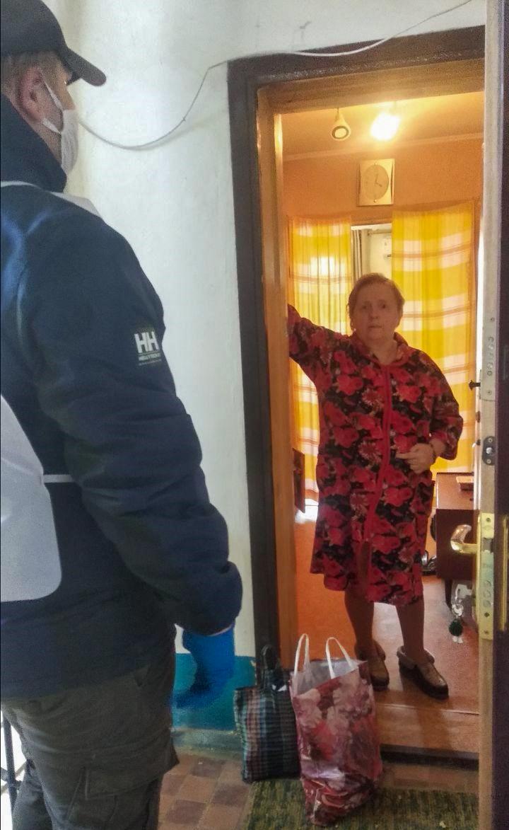 Жительнице Стаханова помогли в рамках акции «Рука помощи» 1