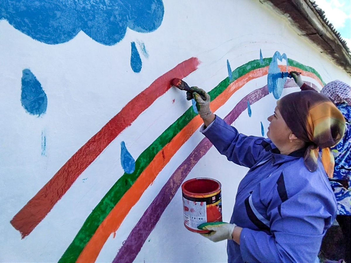 В посёлке Городище активисты ОД «Мир Луганщине» провели субботник 1