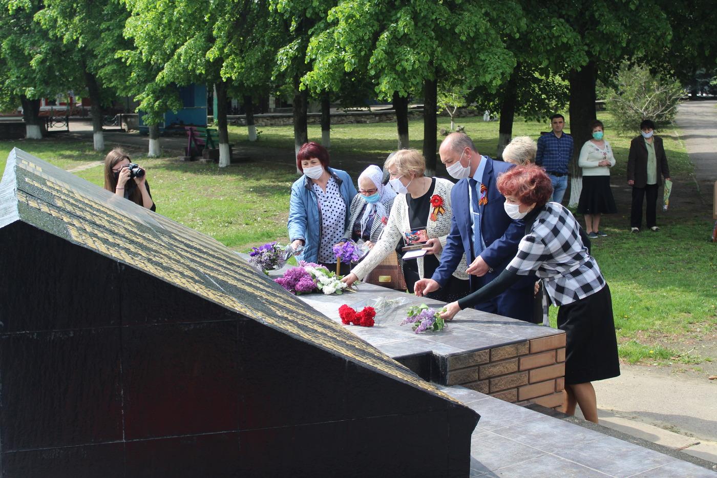 В Славяносербске увековечили память погибшего героя в Великой Отечественной войне 2