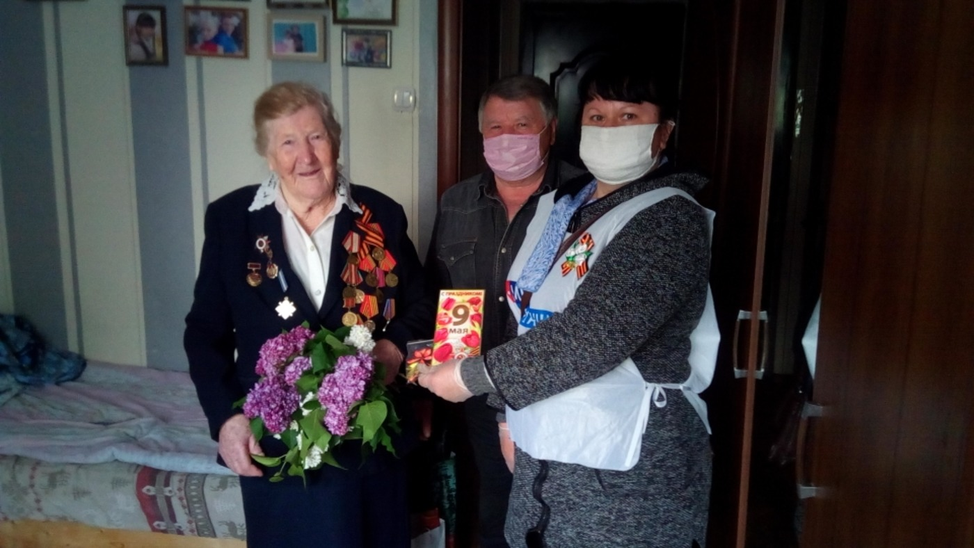 Активисты ОД «Мир Луганщине» поздравили ветеранов в Славяносербском районе 1