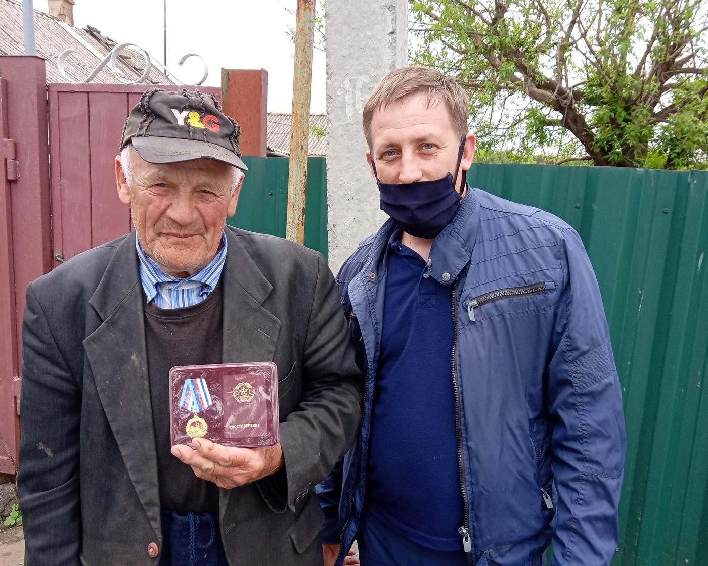 В Перевальске поздравили 11 ветеранов 2