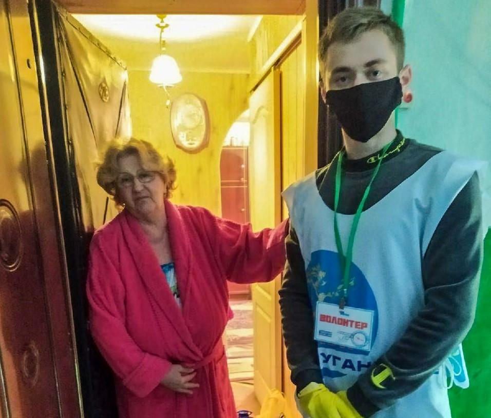 За неделю волонтёры акции «Рука помощи» помогли шести жителям Стаханова 1