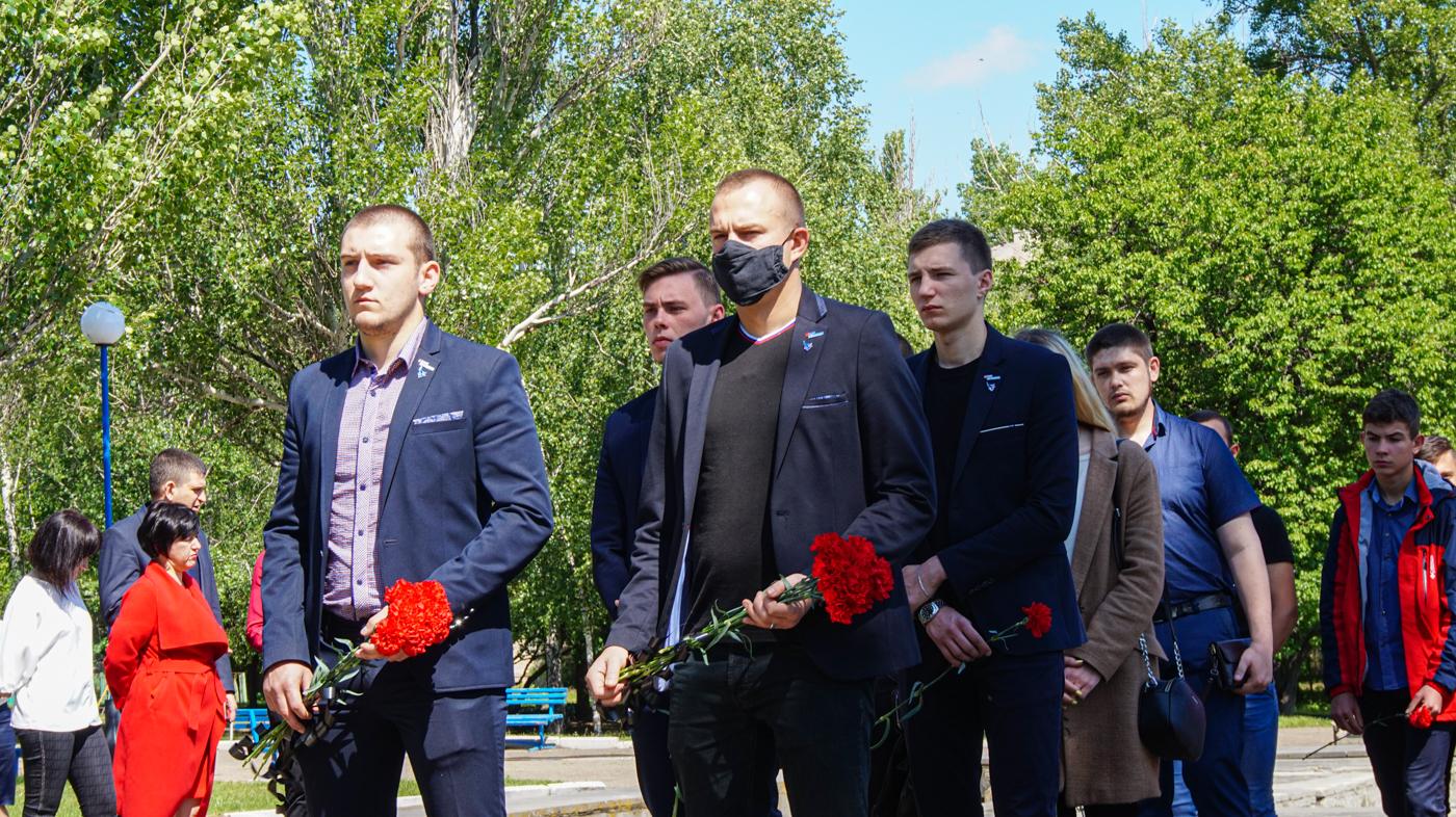 Активисты проектов «Дружина» и «Мы помним!» приняли участие в акции «Не забудем, не простим!» в Луганске