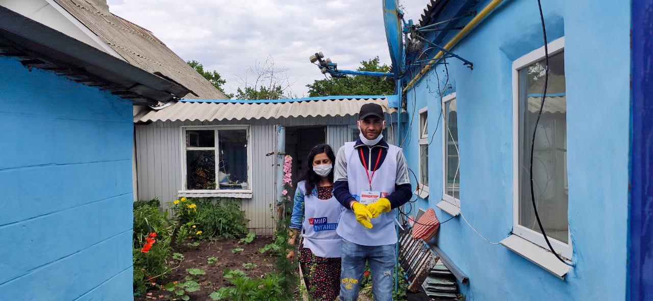 Волонтёры акции «Рука помощи» помогли пяти жителям