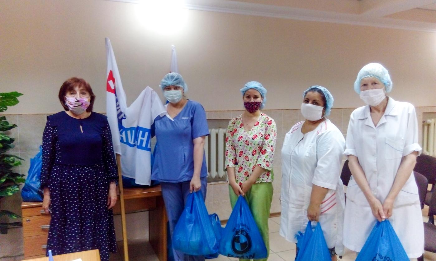 В Алчевске поблагодарили работников медицинской сферы 1