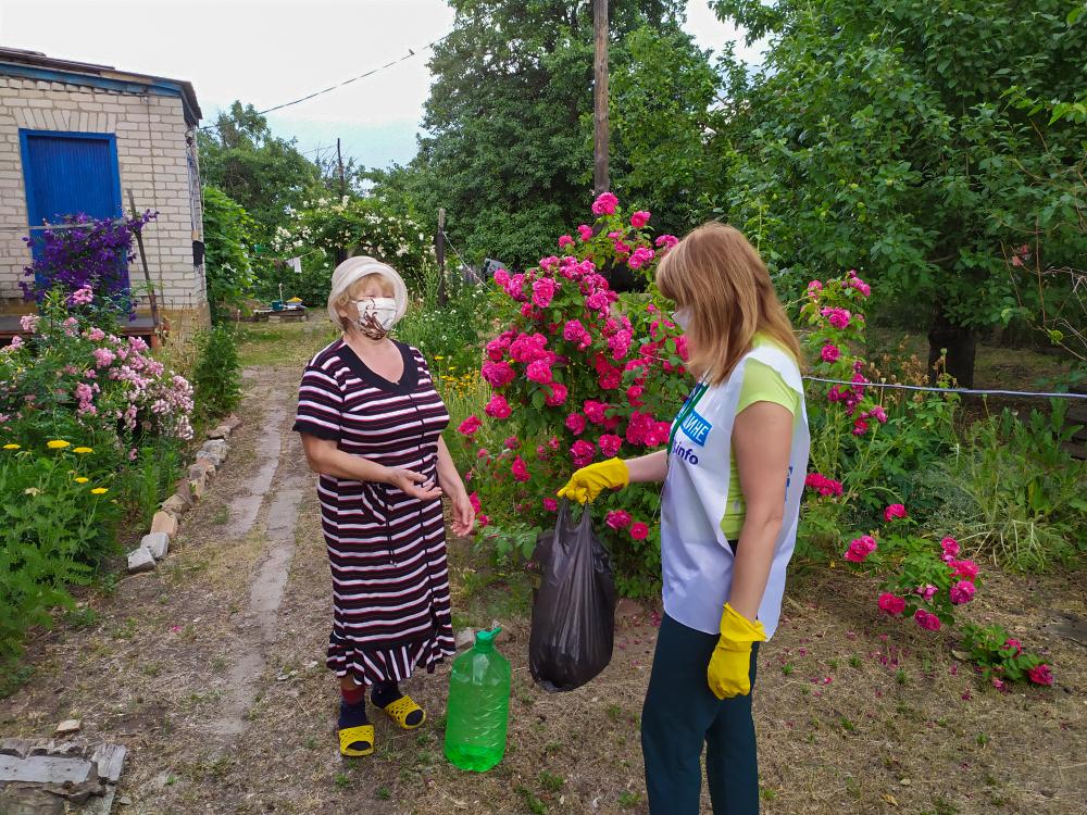 Волонтёры Краснодона помогли пяти жителям