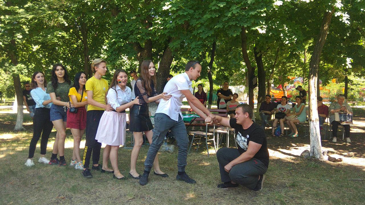 Краснодонские активисты приняли участие в праздновании Дня молодёжи 2