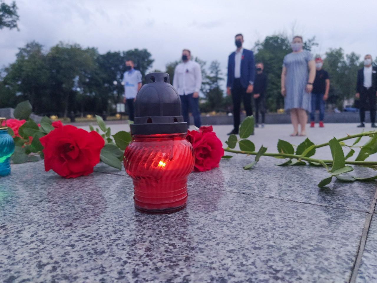 В Свердловске активисты приняли участие в акции «Свеча памяти» 2