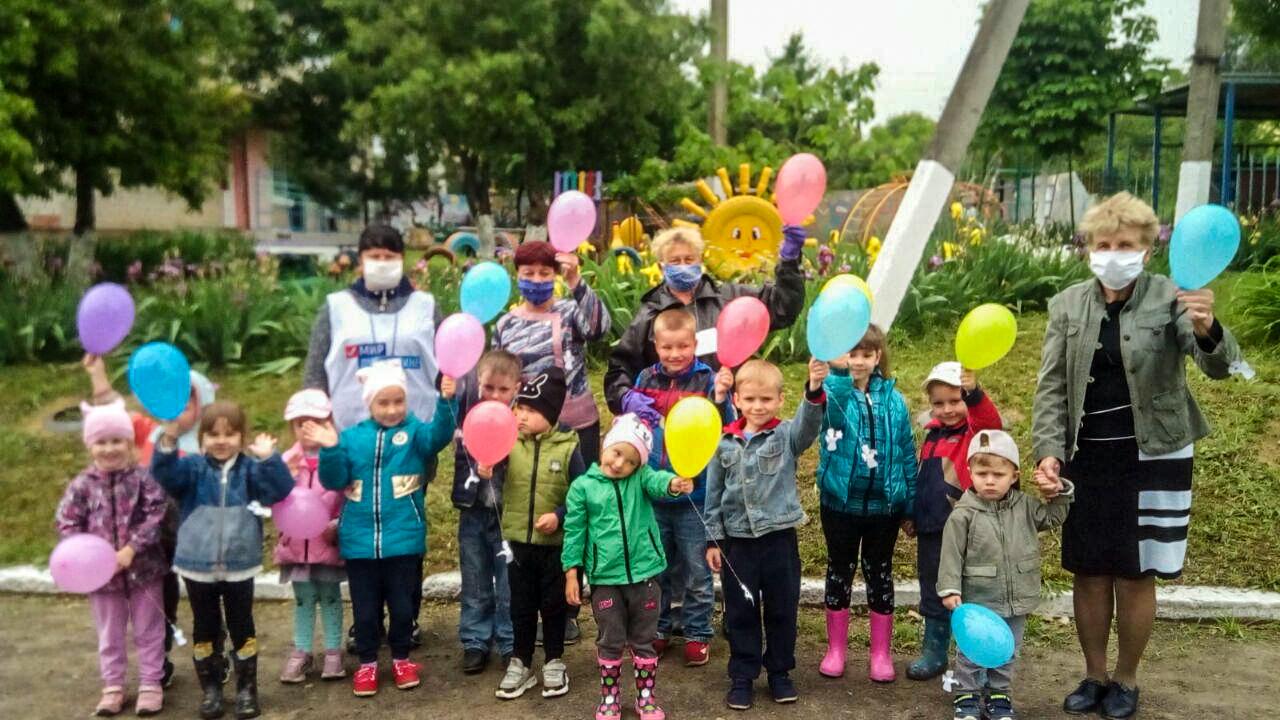 В Славяносербском районе состоялась акция «Ангелы Донбасса»