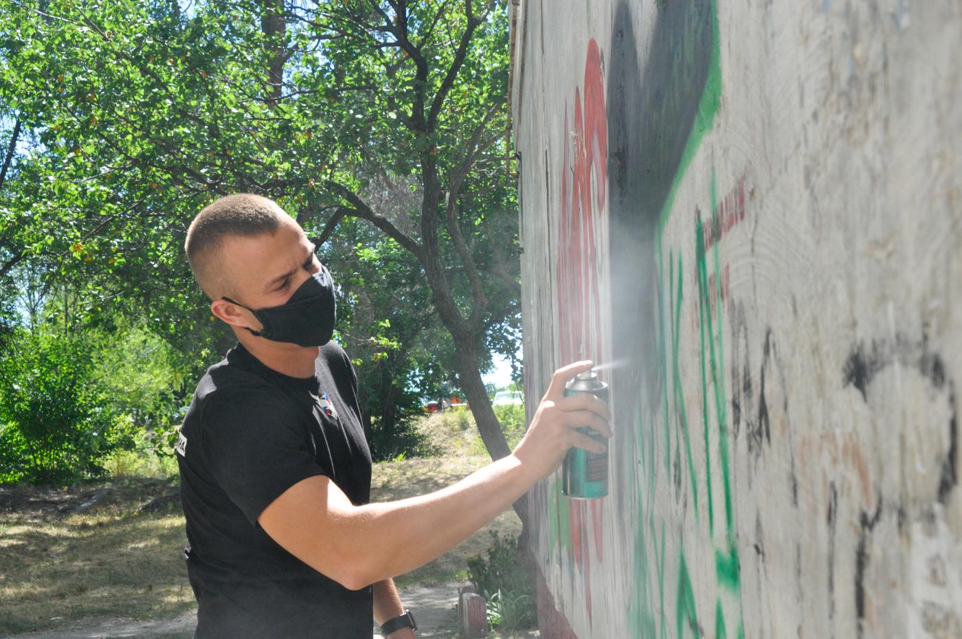 Борьба за жизнь: как активисты ОД «Мир Луганщине» борются с распространением наркотиков в ЛНР