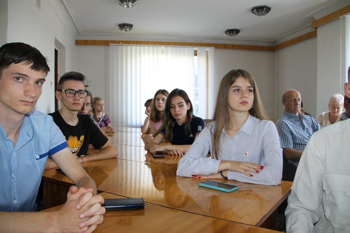 Представители ветеранской организации, активисты проектов «Забота о ветеранах» и «Молодая Гвардия» встретились в Антраците 3